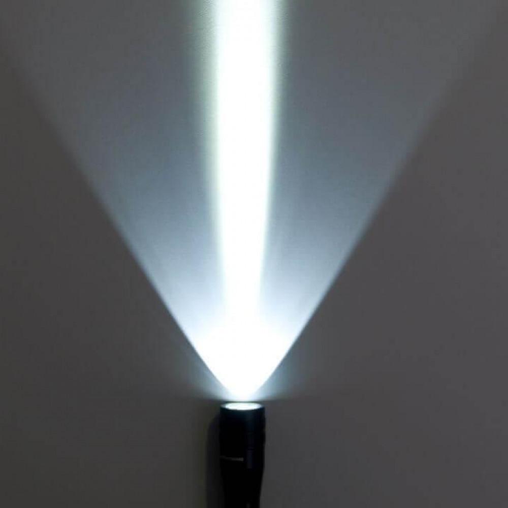 Ручной светодиодный фонарь Elektrostandard Discoverer 3 от батареек 175х32 150 лм 4690389031892