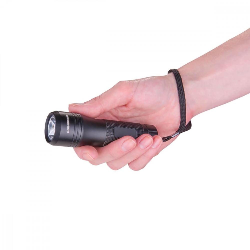 Ручной светодиодный фонарь Elektrostandard Gilmor от батареек 110х32 234 лм 4690389087776